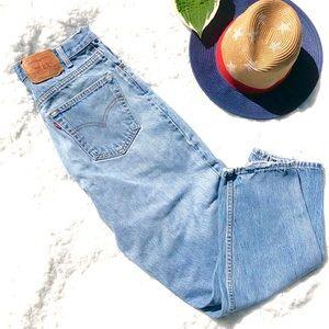 074422d45e6e0f Women Levi 560 Loose Fit Jeans on Poshmark